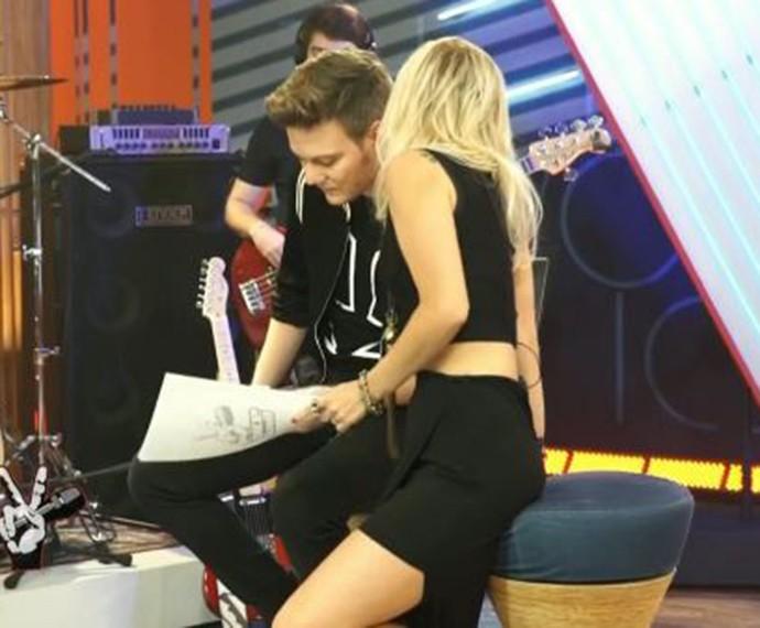 O que será que esses dois estão tramando para as Batalhas, hein? (Foto: TV Globo)
