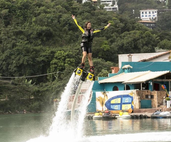 A diversão tomou conta do dia de Carol Nakamura  (Foto: Inácio Moraes/ Gshow)