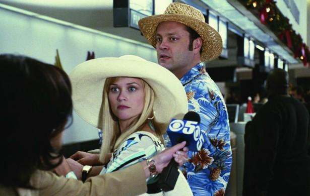 Reese Witherspoon nega até hoje, porém muita gente afirma que ela e o comediante Vince Vaughn se desentenderam bastante nas gravações de 'Surpresas do Amor' (2008). (Foto: Reprodução)