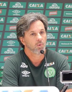 Caio Júnior Chapecoense (Foto: Laion Espíndula)