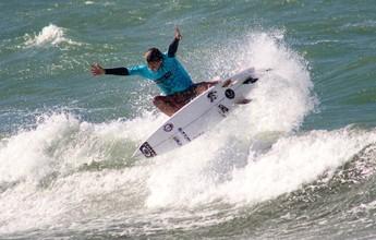 Surfista potiguar fatura título em duas categorias do Circuito Cearense