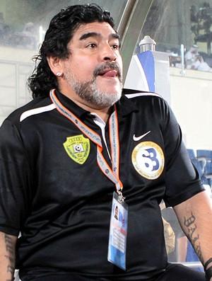 Maradona na partida do Al-Wasl contra o Al-Khor (Foto: AFP)