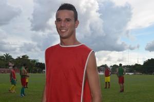 Jogador do Galvez diz que vai manter o foco nos treinos  (Foto: Quésia Melo)