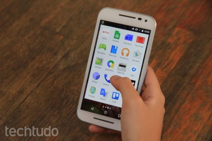 Moto G 3 tem design parecido com os outros celulares da Motorola (Foto: Luana Marfim/TechTudo) (Foto: Moto G 3 tem design parecido com os outros celulares da Motorola (Foto: Luana Marfim/TechTudo))
