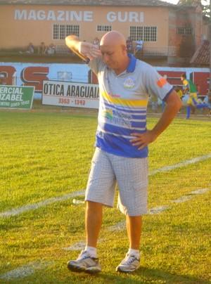 Carlos Magno pode chegar ao hexa como técnico no Tocantinense (Foto: Vilma Nascimento/GloboEsporte.com)
