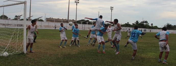 Treino do Parnahyba antes de encarar o Flamengo-PI (Foto: Renan Morais/GloboEsporte.com)
