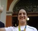 Na volta a Porto Alegre, Mayra recebe chave da cidade e já mira Tóquio