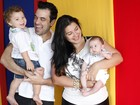 Priscila Pires posa com a família e festeja: 'Agora é emagrecer e estudar'