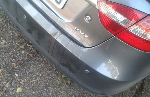 PRF encontra carro com manchas de sangue no porta-malas, na BR-414 em Cocalzinho de Goiás 2 (Foto: Divulgação/PRF)