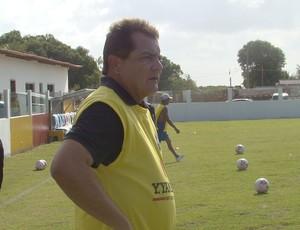 Técnico Mário Henrique, o Mariozinho, do Santa Cruz-PA (Foto: Divulgação)