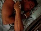 Cantor Netinho é internado em Salvador com inflamação e posta foto