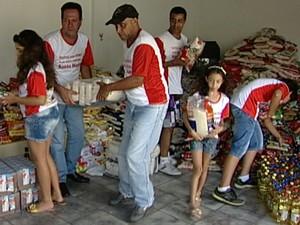 Grupo mantém tradição solidária há 10 anos (Foto: Reprodução/ TV Integração)