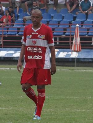 Reinaldo Alagoano, atacante do CRB (Foto: Leonardo Freire/GLOBOESPORTE.COM)
