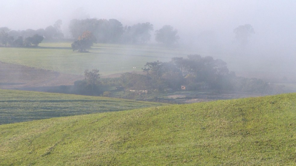 Cruz Alta, na Região Noroeste do Rio Grande do Sul, registra 1°C neste amanhecer  (Foto:  Fernando Souza/RBS TV)