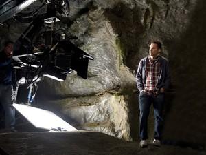 Bryan Singer durante gravações de 'Jack: O caçador de gigantes' (Foto: Divulgação)