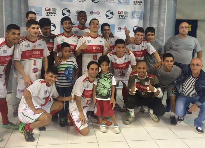 Três Rios é campeã da edição 2015 da Copa Rio Sul de Futsal (Foto: Vinicius Lima/GloboEsporte.com)