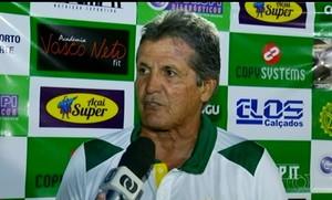 Roberto Oliveira, técnico do Gurupi  (Foto: Reprodução/TV Anhanguera)