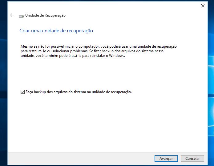 Selecione se deseja copiar os arquivos de instalação do Windows 10 e avance (Foto: Reprodução/Helito Bijora)