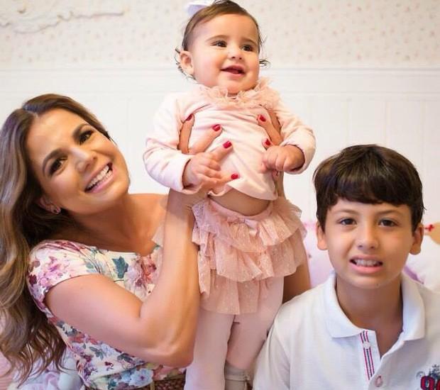 Nívea Stelmann e os filhos (Foto: Arquivo Pessoal/ Nívea Stelmann)
