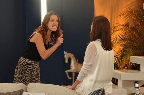 Laura (Nathalia Dill) confrontará Úrsula (Sílvia Pfeifer) (Foto: Reprodução)