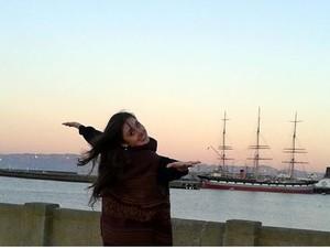 Lucila vive no Canadá há três anos, onde se profissionaliza no Coast City Ballet (Foto: Reprodução/Facebook)