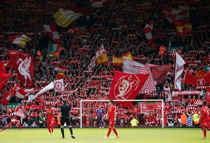 torcida Newcastle x Liverpool (Foto: Reuters)