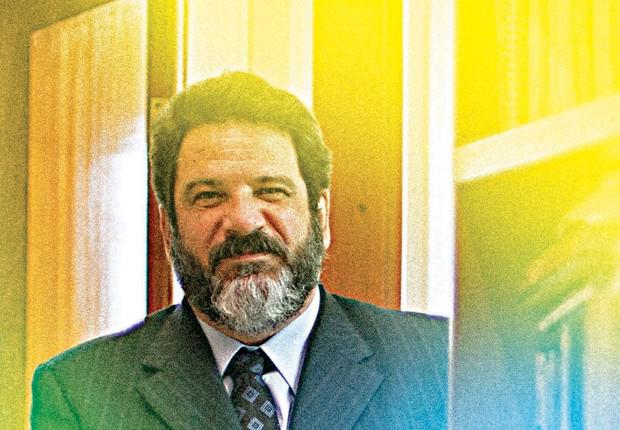 Nós nos acostumamos a conviver com o podre, diz Mario Sergio Cortella