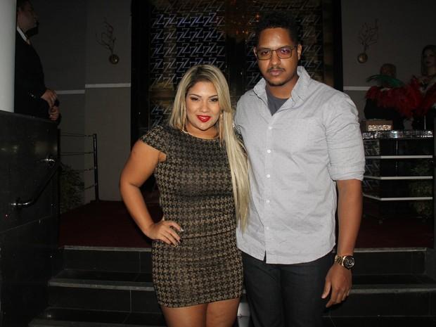 Mulher Filé e o namorado, Rodrigo Fox, em festa na Zona Oeste do Rio (Foto: Rogerio Fidalgo/ Ag. News)