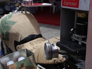 Criador diz que esta é a única café-racer de verdade (Foto: Rafael Miotto/G1)