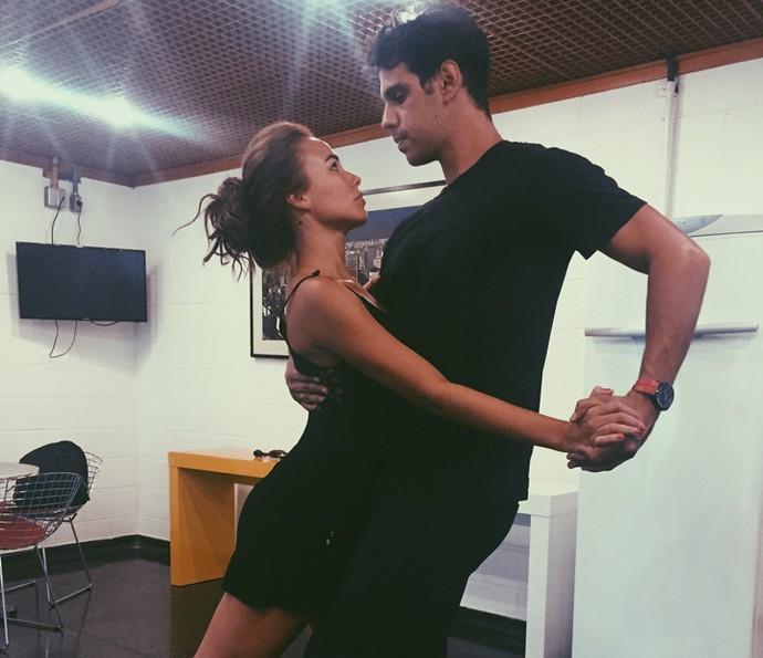 Juliane Araújo aprende tango para viver táxi girl (Foto: Arquivo pessoal)