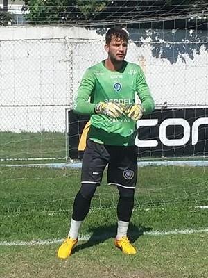 Fernando Subtil, goleiro do Vitória-ES (Foto: Richard Pinheiro/GloboEsporte.com)