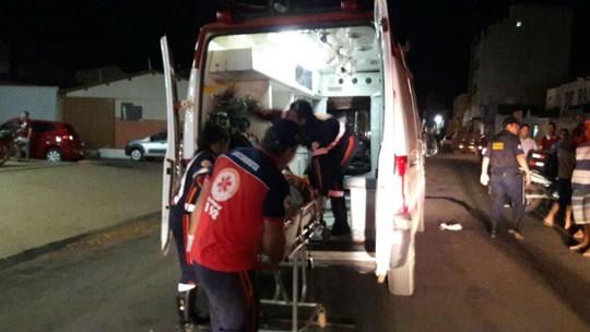 Resultado de imagem para Acidente com ônibus deixa feridos na BR-324, na Bahia