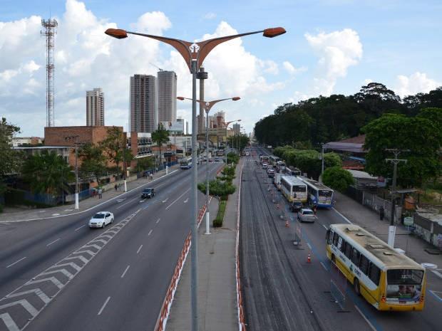 Cruzamentos da avenida Almirante Barroso serão interditados para aferição de radares a partir das 23h desta terça-feira (24). (Foto: João Gomes/Comus)