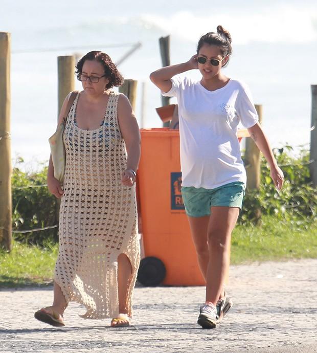 Yanna Lavigne com a mãe, Lúcia (Foto: Agnews)