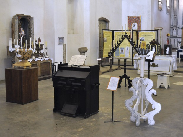 Peças sacras dos séculos XVII ao XIX compõem exposição aberta a visitas no Convento São Bernardino de Sena, em Angra dos Reis (Foto: Divulgação/Prefeitura Angra dos Reis)