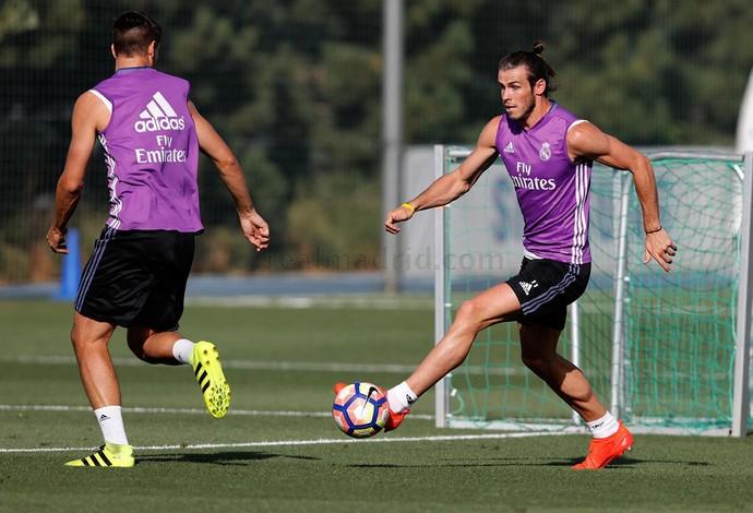 Bale treino Real Madrid (Foto: Reprodução / Site Oficial)