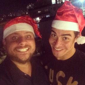 Produtor Leo Fuchs e Thiago Martins em festa no Rio (Foto: Instagram/ Reprodução)