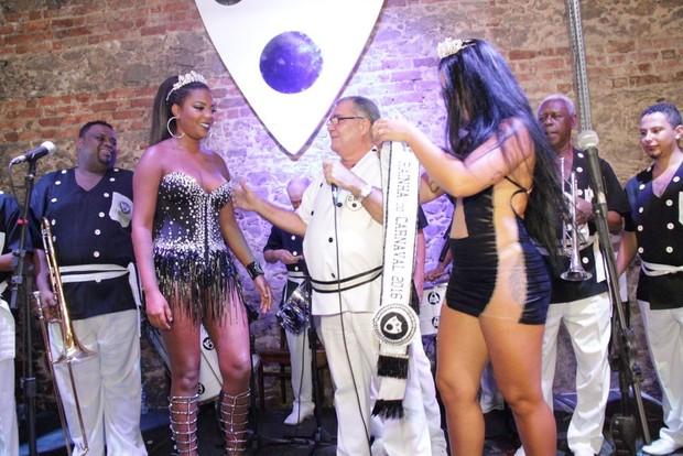 Ludmilla é coroada no Cordão do Bola Preta (Foto: Thiago Mattos/Agnews)