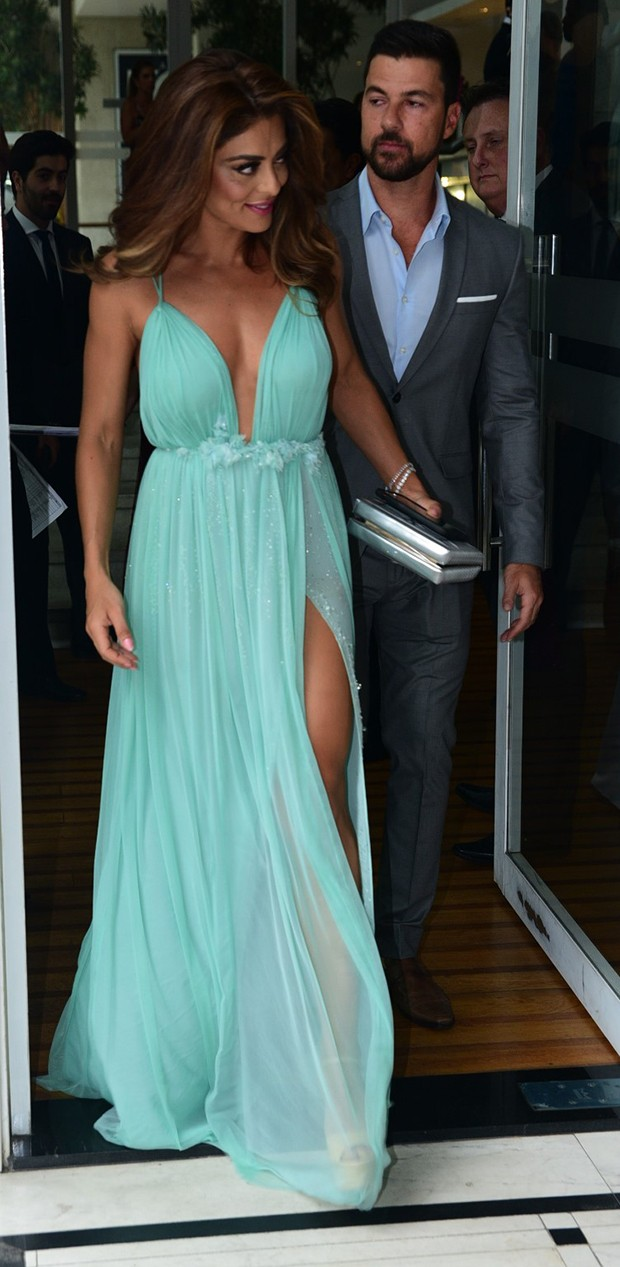 Juliana Paes e Carlos Eduardo Baptista (Foto: Leo Franco / AgNews)