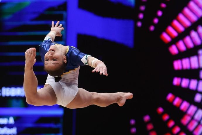 Flavia Saraiva treino mundial de ginástica glasgow (Foto: RICARDO BUFOLIN/CBG)