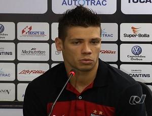 Diego Giaretta, zagueiro do Atlético-GO (Foto: Reprodução/TV Anhanguera)