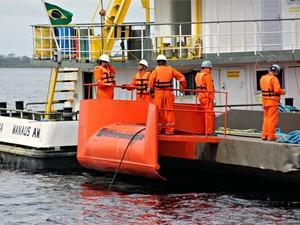 Exército que lançar 7 mil km de cabos de fibra óptica subfluvial em rios que banham o Amazonas (Foto: Adneison Severiano/G1 AM)