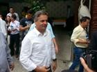'Temos que superar esse Fla-Flu', diz Aécio sobre Dilma e Cunha, em MG