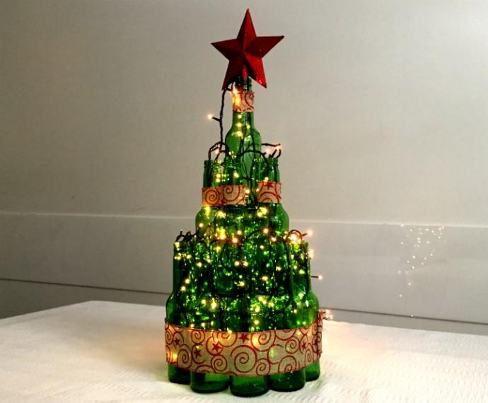 Árvore de Natal criativa monte a sua usando garrafas de vidro notícias em Como f -> Decorar Garrafa De Vidro Para Natal