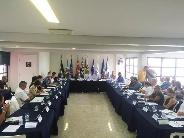 Reunião define Orlandini como presidente do Condesb (Foto: Tatyana Jorge/TV Tribuna)