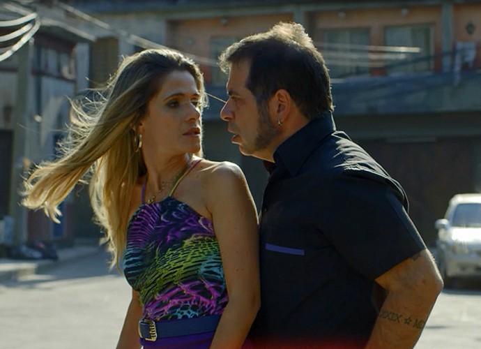 Marlene e Genésio decidem viajar para comemorar retorno (Foto: Gshow)