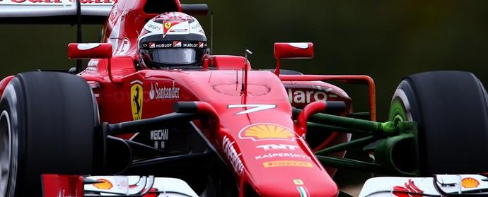 Ferrari foi para a pista catalã com algumas partes do carro pintadas de verde (Foto: Getty Images)