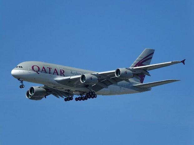 Avião da Qatar Airways, eleita a melhor companhia aérea de 2015 pelo ranking Skytrax (Foto: Creative Commons/sezaun)