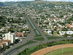 Projeção mostra projeto para a Avenida Tronco (Foto: Divulgação)