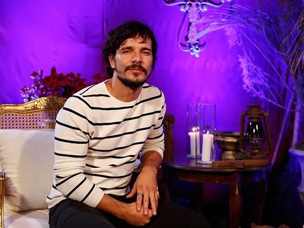 Daniel de Oliveira é Chico em 'Amorteamo' (Foto: Ellen Soares / Gshow)
